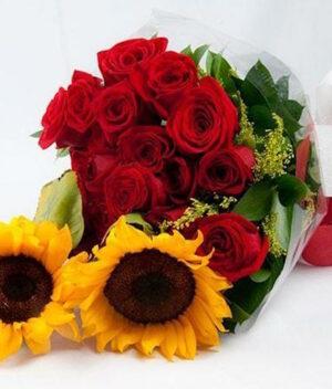 Dos cuerpos en Puebla, Ramo de rosas con girasoles, Florerías en Puebla, Flores a domicilio Puebla