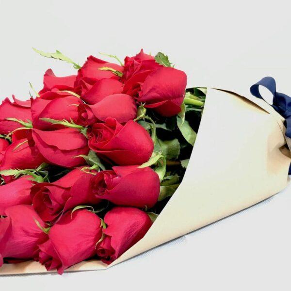 Fuente de luz en Puebla, Ramo de rosas rojas,  Florerías en Puebla, Flores a domicilio Puebla