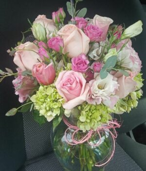 Jarrón de flores Querétaro, Florerías en Querétaro, Flores a domicilio Querétaro