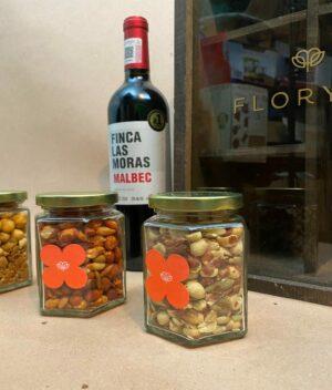 Celebración, Vino y botana en Puebla, Arreglo de Celebracion, florerías en Puebla