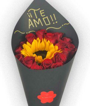 Sol de mi vida, Bouquet de rosas con girasol en Puebla, Bouquet de rosas, florerías en Puebla