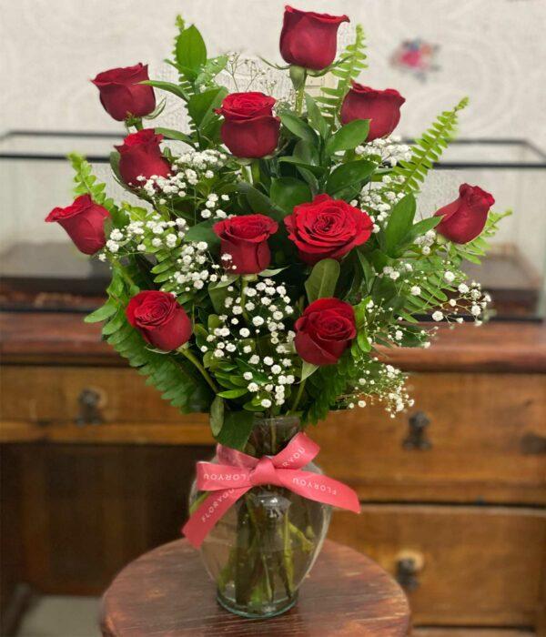 SereMi mundonidad, Jarron con rosas en Puebla, Caja de rosas, florerías en Puebla