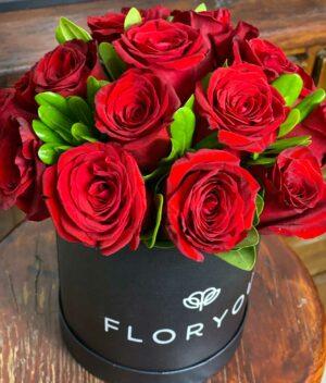 Amor de tí, Caja con rosas en Puebla, Caja de rosas, florerías en Puebla
