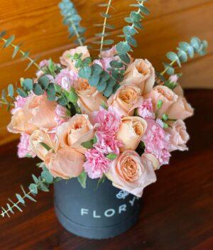Lady, Caja de rosas con claveles en Puebla, Caja de flores, florerías en Puebla