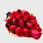 24 secretos - Ramo de rosas rojas