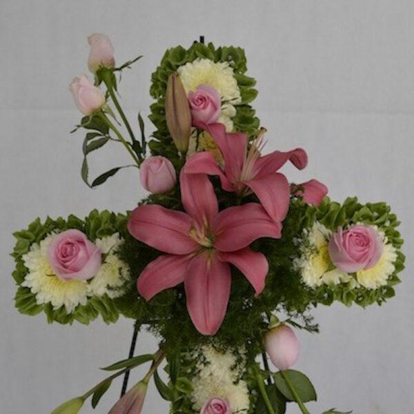 Alma rosa, Cruz de flores fúnebre Querétaro, Florerías en Querétaro, Flores a domicilio Querétaro