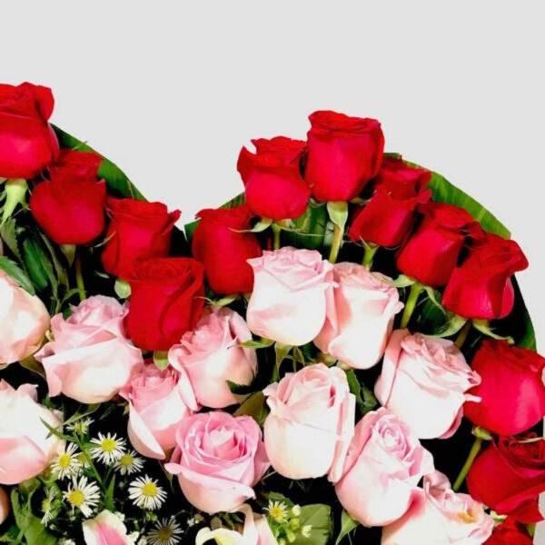 Cariño mío, Corazón de rosas rojas en Querétaro, Florerías en Querétaro, Flores a domicilio Querétaro