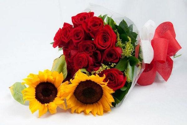 Dos cuerpos, Ramo de rosas y girasoles Querétaro, Florerías en Querétaro, Flores a domicilio Querétaro