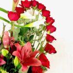 Espacio rojo - Arreglo floral