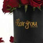 Secretos de amor - Caja de rosas mediana