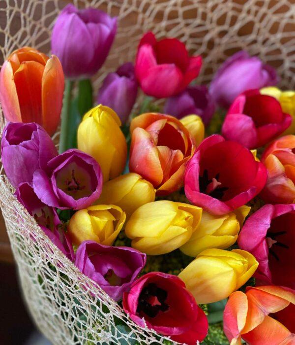 Tulipanes, Ramos de Tulipanes en Jarrón, Florerías en Querétaro