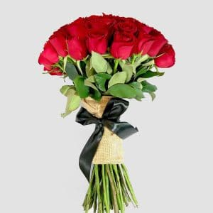 Pasión eterna. Ramo de rosas rojas - Florerías en Tijuana, Arreglos Florales Tijuana