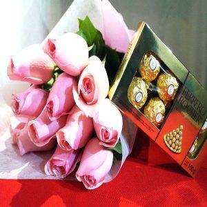 Docena de Rosas Rosas más Chocolates