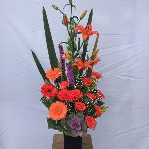arreglo-de-flores-naranjas
