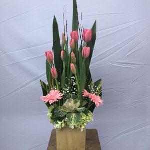 arreglo-de-tulipanes-rosas
