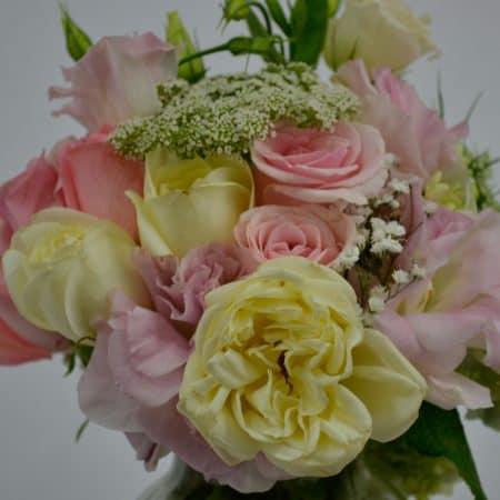arreglo flores rosa pastel