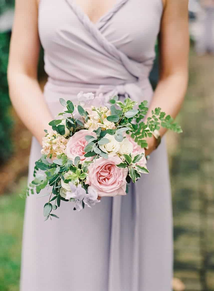 """Think Small (for a Big Impact) In 2019, expect bridal bouquets to become tidier, but still not perfectly rounded. """"To elevate this look, include texture and variety,"""" suggests Leslie Liberis, owner of Branch Design Studio. """"Add touches of green and texture, rather than large, cascading branches."""" To complement this look, think smaller posy-size bouquets for bridesmaids."""