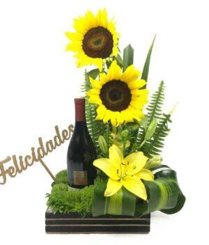Cajas de flores y vino